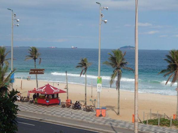http://www.imoveisterrabrasil.com.br/fotos_imoveis/592/HMMMMH.jpg