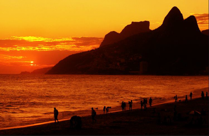 http://www.imoveisterrabrasil.com.br/fotos_imoveis/592/unnamed.png
